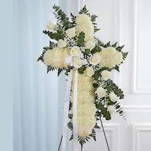 Randolph Florist | White Cross